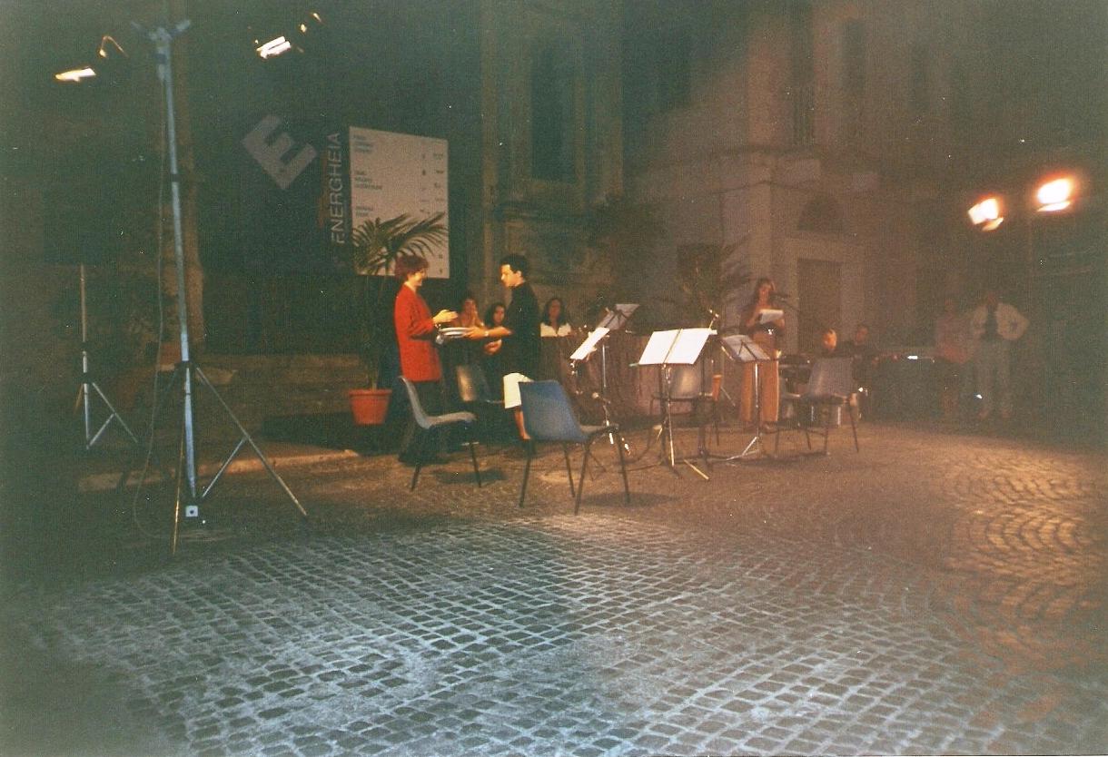 La cerimonia di consegna del Premio Energheia Europe 2001 a Lazslo Kish